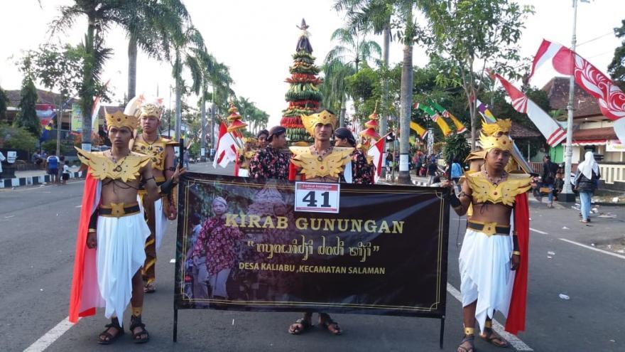Image : Karnaval HUT RI 73 kaliabu
